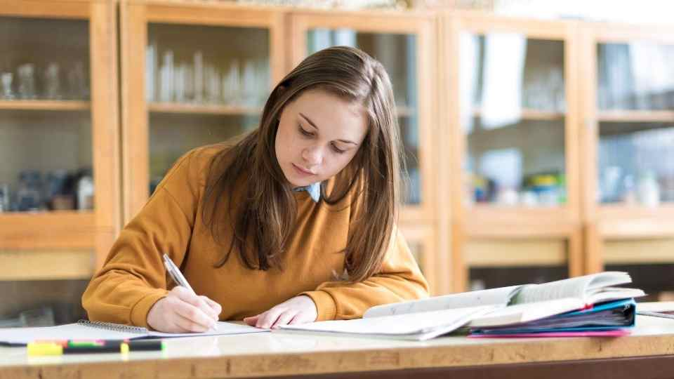 How to help your Year 12 teenager stay on track